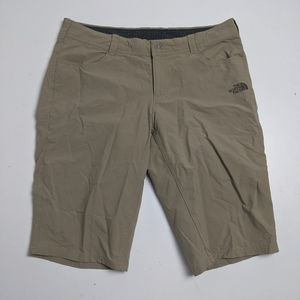 The North Face Women's Cargo Shorts Beige 8